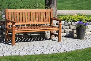 Umweltfreundliche Gartenmöbel aus Holz