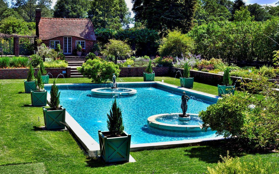 Was man wissen sollte, bevor man sich einen Swimmingpool zulegt