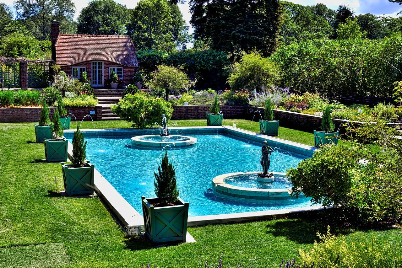 Was man wissen sollte, bevor man sich einen Swimmingpool ...
