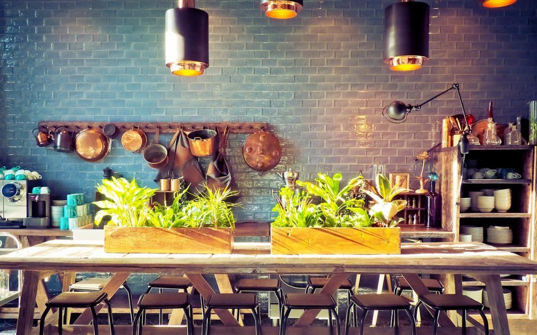 Ein Kräutergarten in der Küche